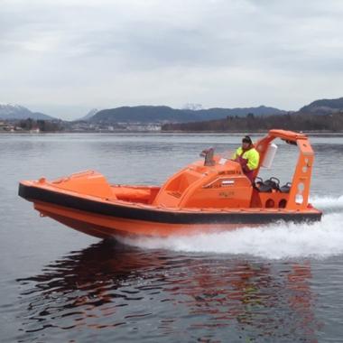 Explorer 720 Rescue Boat